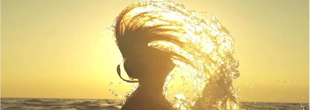 L'acqua di mare fa bene ai capelli oppure no?